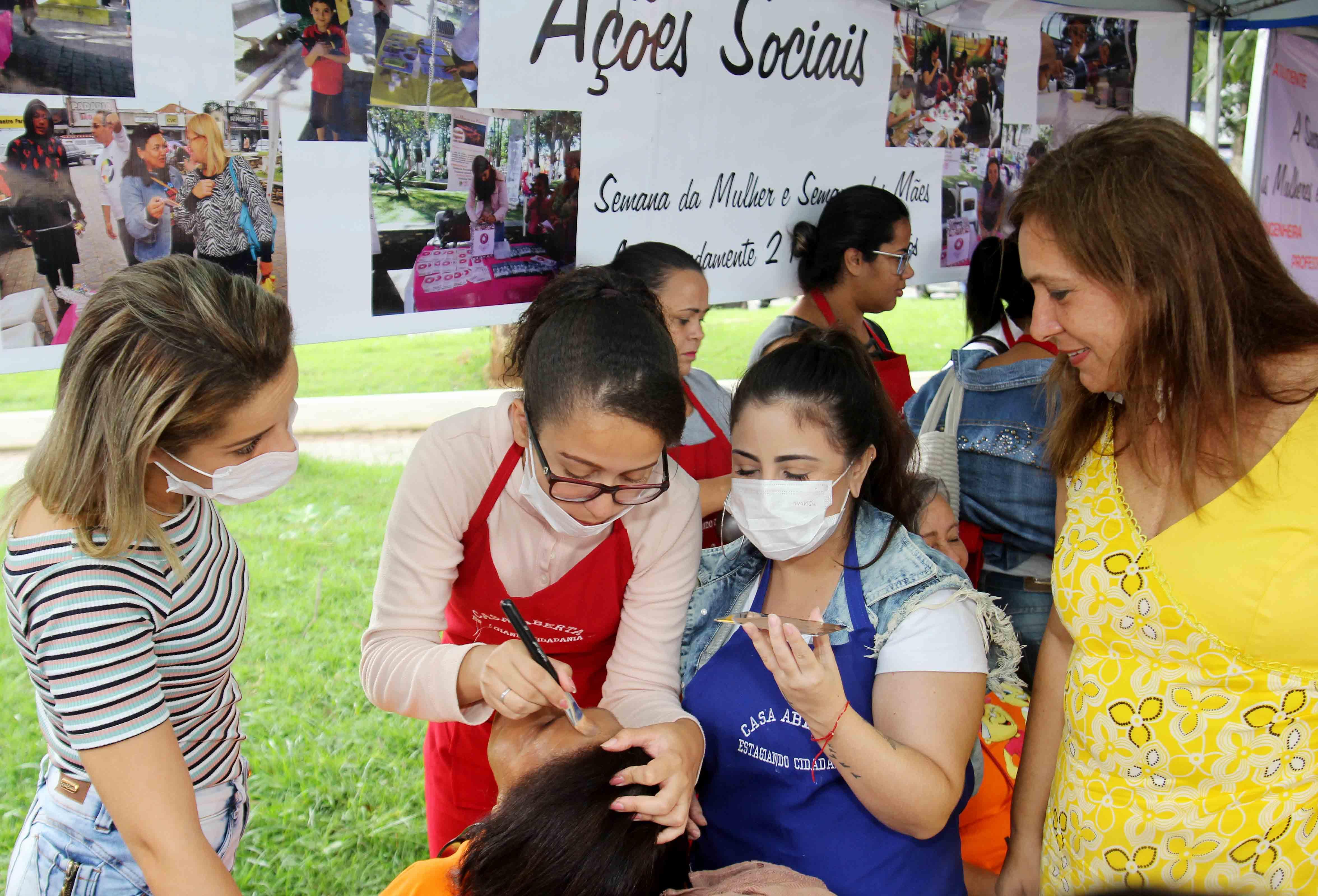 b2b81368ea8 Itaquaquecetuba faz ação social no Dia Internacional da Mulher ...